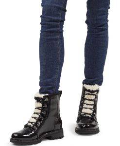 Sorel Lennox Lace Cozy